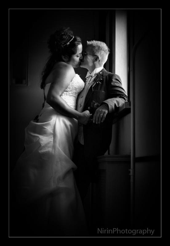 hallway kiss s